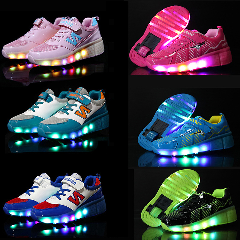 Children Heelys Wear-Resisting Wheels Shoes Boy &amp; Girl Automatic LED Lighted Flashing Roller Skates Kids Fashion Sneakers<br><br>Aliexpress