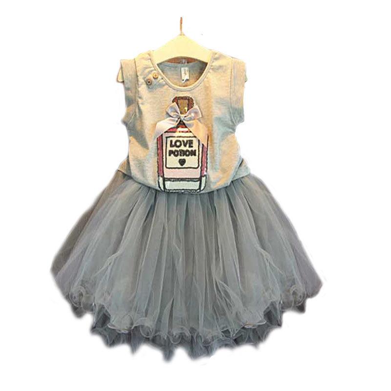 2015 fashion girls skirt summer sets,2 pcs white cartoon t-shirt+black pettiskirt lace suits,2 colors baby girls clothes 3-7 yrs(China (Mainland))