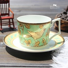 High-grade bone china coffee cup and saucer set gold trim coffee cup and saucer ceramic tea cup and saucer set scented tea cup