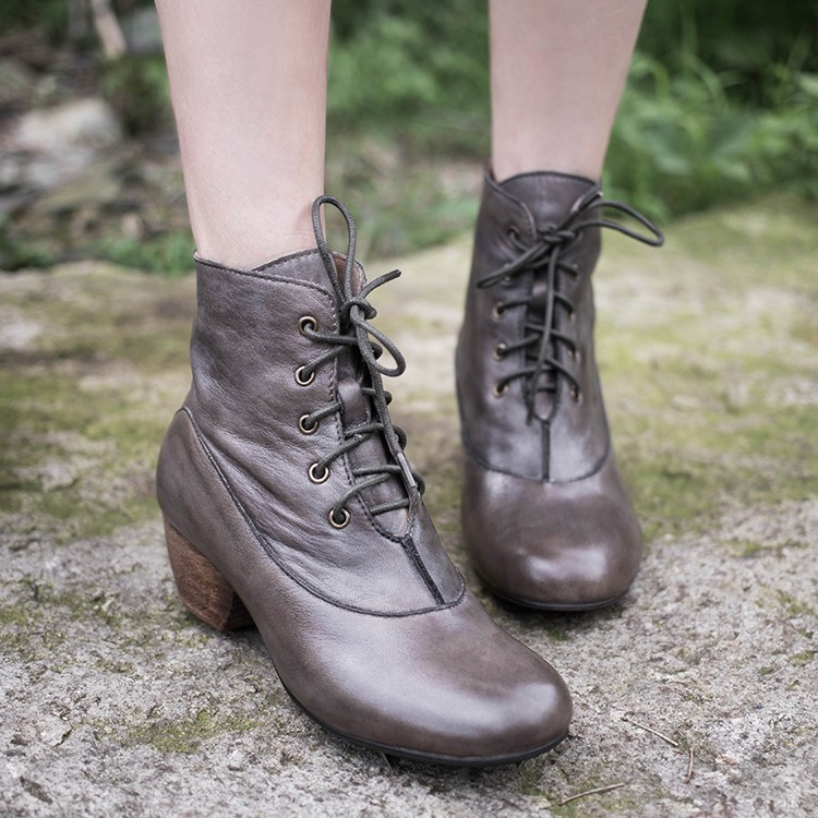 Фотография 2015 Women Vintage Shoes Martin Boots High Heels Lace Up Round Toe Full Grain Leather Women Ankle Boots