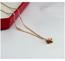 IB3750 Camellia necklace rose gold flower necklace Titanium steel small plate short-chain rhinestone necklace(China (Mainland))