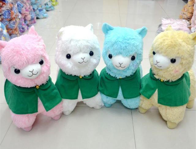"Free Shipping 14"" Adorable Alpacasso Arpakasso Alpaca Plush Toys Doll With Green Shawls Kawaii Sheep Stuffed Toys 4 Colors(China (Mainland))"