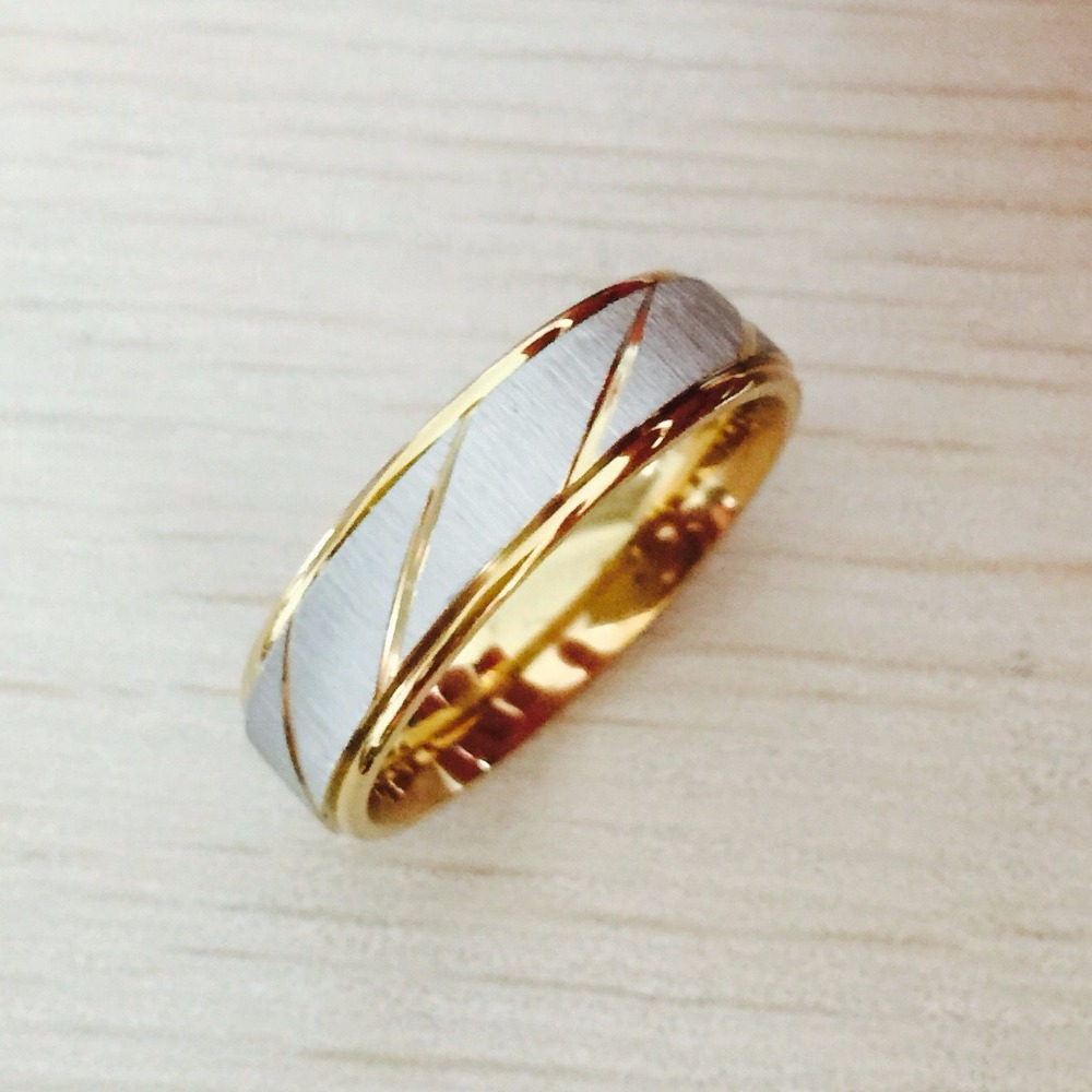 2016 New Fashion 6mm Men and Women Wedding Rings Gold silver Stainless Steel couple engagement Rings for Men and Women(China (Mainland))