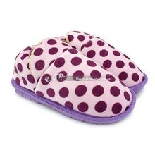 Package with dot circle lovers cotton-padded slipperswinter thermal home slippers indoor slippers(China (Mainland))