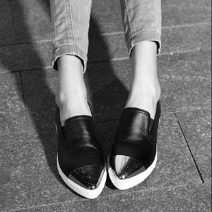 Womens Black White Genuine Leather Pointy Metal Head Pointed Cap Toe Flat Shoes Driving Loafers Tb0421<br><br>Aliexpress