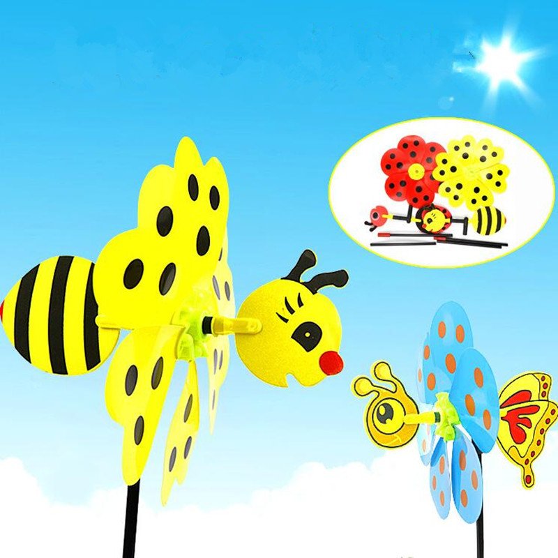 2017 New Cartoon Animal Bee Ladybug Windmill Wind Spinner Whirligig Garden Lawn Decorative Crafts Kids Outdoor Toys Party Gift(China (Mainland))