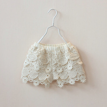 2016 New girl summer shorts baby girl kids shorts Crochet Flowers Girls Baby Floral Lace Shorts Kids Children Clothes Beige(China (Mainland))