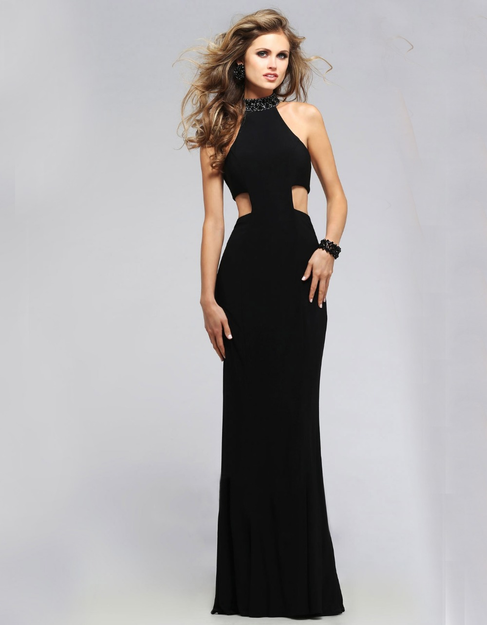 Black Masquerade Gothic Ball Gowns More details salestopp1se.gq taking a dress or top that you know fits and measure the bust and waist. Use a tape measure or string and measure yourself using the sizing diagram as a guide. This will give you a starting point to compare.