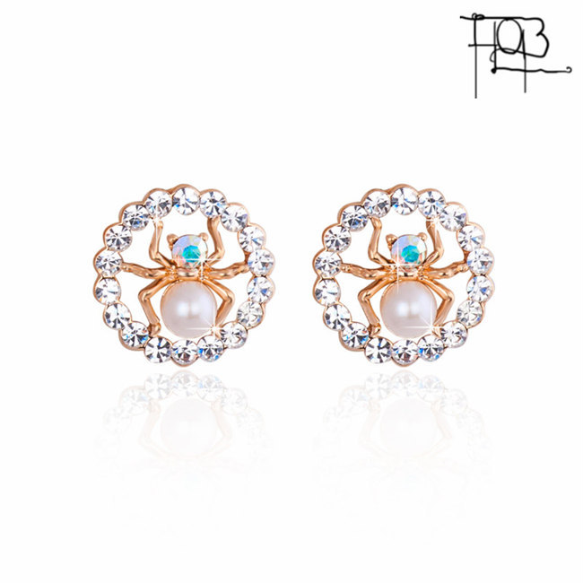 New Trendy 18K Gold Plated Alloy Rhinestone Filled Spider in Round Stud Earrings For Women Gold Studs(China (Mainland))