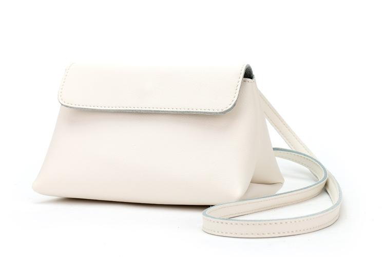 Spring Autumn Triangle Bag Women Genuine Leather Girl Mini Messenger Bag Simple Fashion Pure White(China (Mainland))