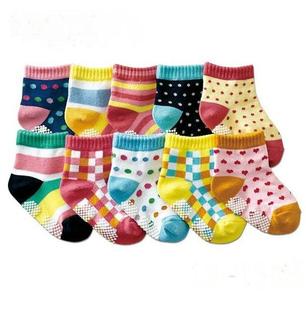 colorful Cute dot Rubber Anti slip baby socks kids boys girls socks toddler sox baby wear 12-15cm children accessories(China (Mainland))