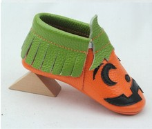 50 pairs/lot Halloween pumpkin cute Genuine Cow Leather Baby Moccasins