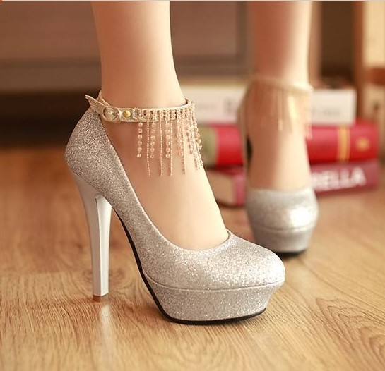 silver closed toe heels_Other dresses_dressesss