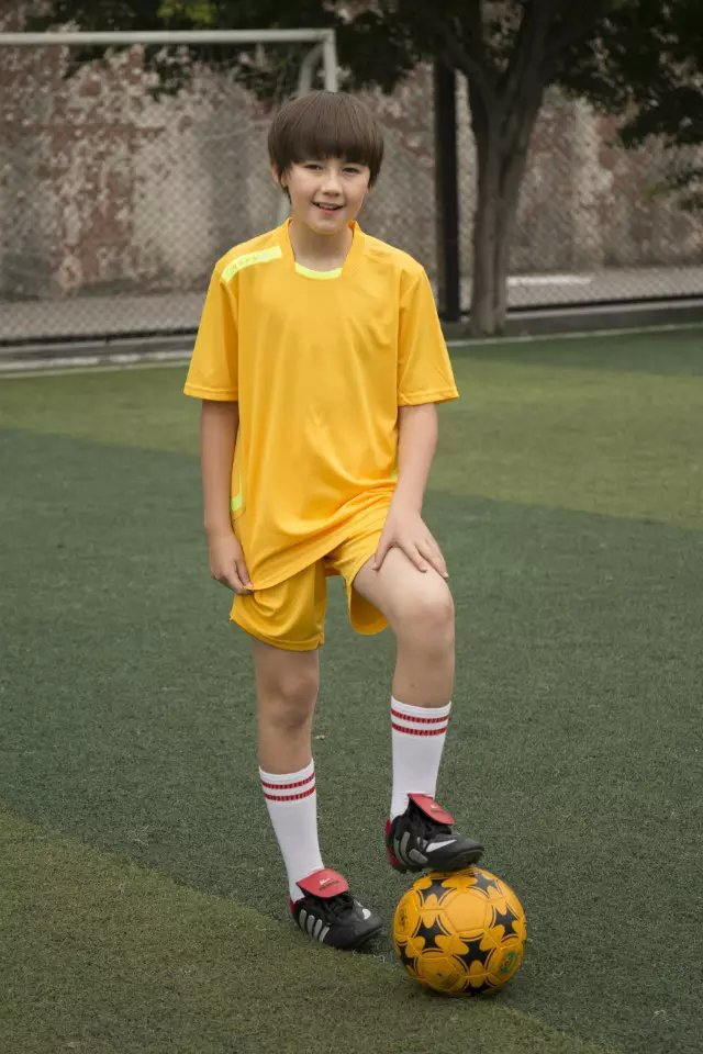 Free shiping,teenager sportswear OEM for children football jerseys set print LOGO name number(China (Mainland))
