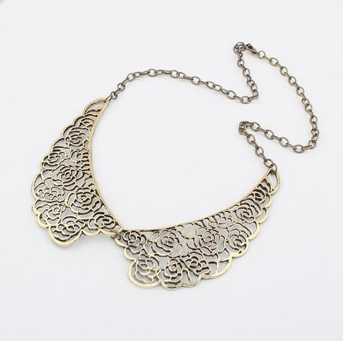 N282 Europe and the United States a hollowed-out metal Dickie Necklace!#1489(China (Mainland))