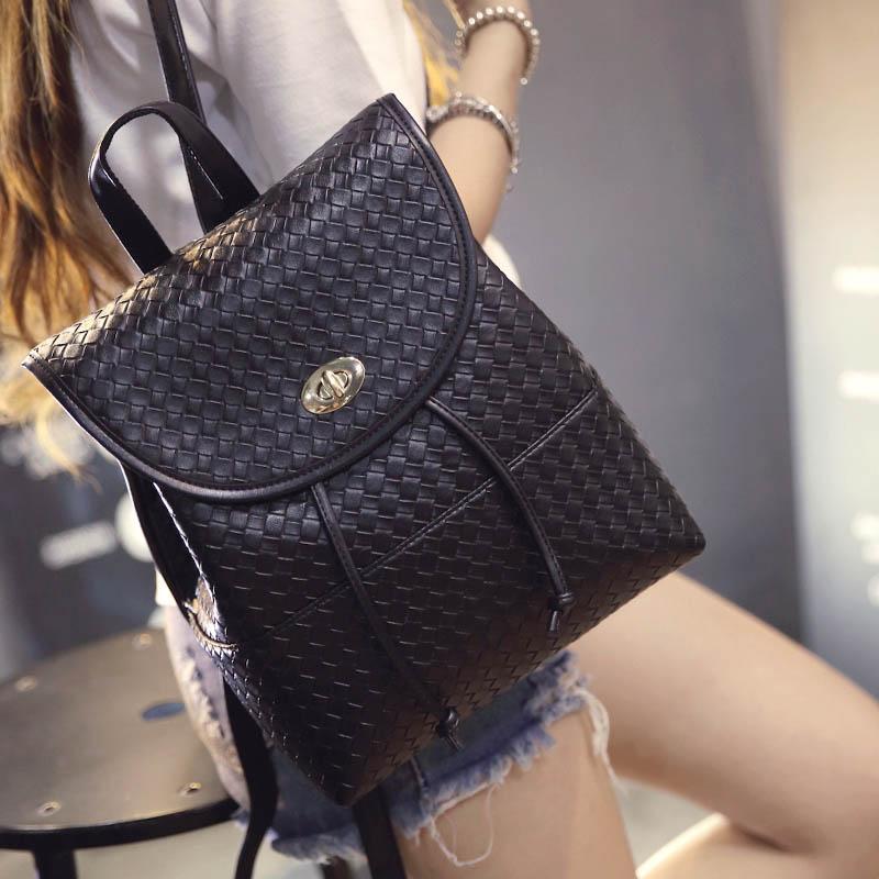 En 2016, le nouveau sac à dos d'étudiant sac de l'eau de verrouillage voyage loisirs de mode femmes sac en cuir PU tissu noir or argent blanc(China (Mainland))