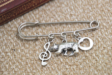 12pcs Shakespeare inspired Twelfth Night themed charm kilt pin brooch (38mm)