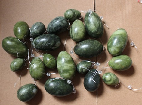 wholesale 5sets natural green jade drilled yoni eggs<br><br>Aliexpress
