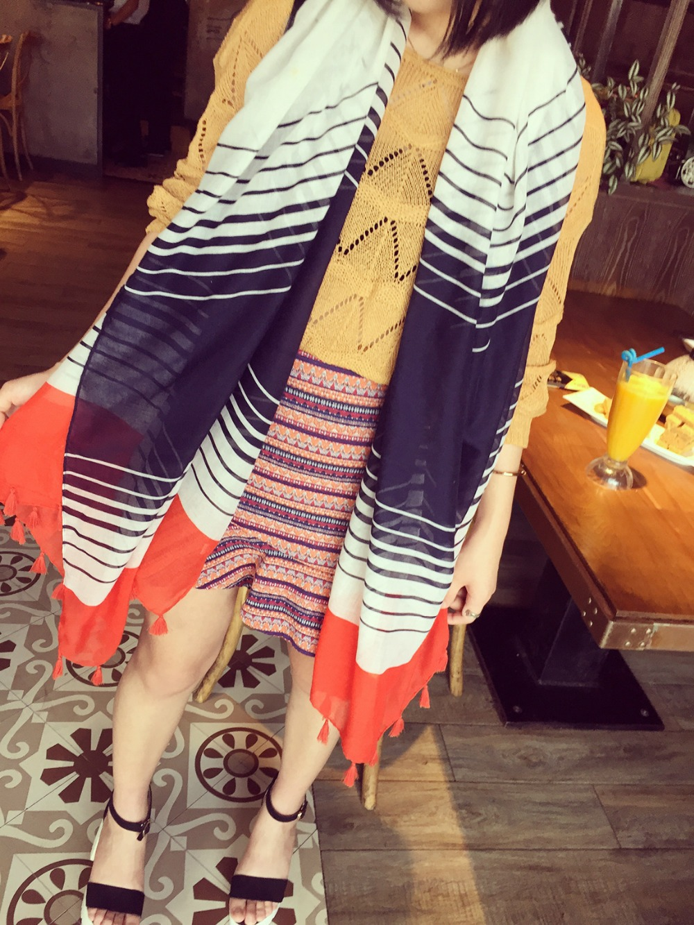 2015 Simple black With dark blue,red Hit color scarf stripes Voile shawl HZLC108(China (Mainland))