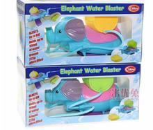 1 шт. новых интересных воды бой пистолет плавание наручные водяные пушки детей любимое летний пляж игрушки для детей бесплатная доставка