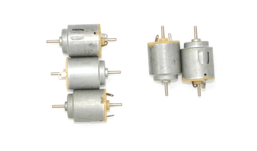 Free shiping 140 DC motor 21 * 25mm3v 11000 RPM 0.08A 2 mm diameter of axle:Axial length including the steps:10mm Chief:38mm
