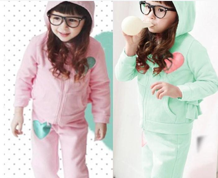 New autumn baby girl suit cotton light green long sleeve hooded love jacket + trousers 2pcs set girls clothing set 5set/lot(China (Mainland))