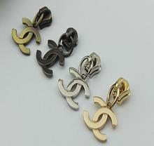 Free shipping (30 pieces/lot) golden metal type cc pendant zipper 5 # diy zipper head(China (Mainland))