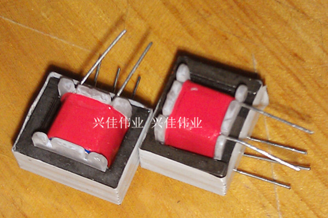 Гаджет  Free Delivery audio transformer 600 : 600 audio isolation transformer coupling 1: 1 transformer 5/4 pin None Электронные компоненты и материалы