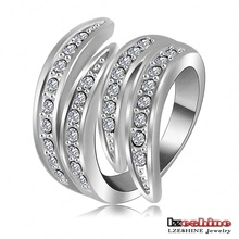 Newest Angel's Wing Engagement Rings With Platinum Plating and Pave Czech Crystals Fashion Jewelry Ri-HQ0063-b