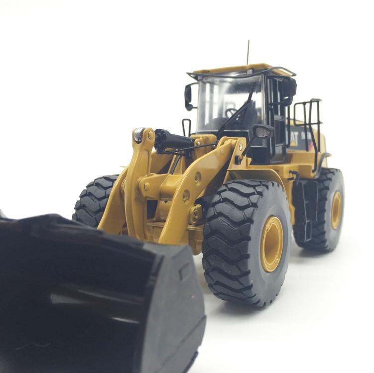 1/50 DieCast Model Norscot 55027v Caterpillar Cat 950K 966K wheel loader Construction vehicles toy FreeShipping(China (Mainland))