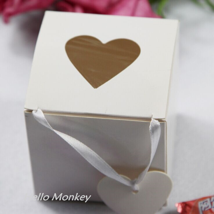 100Pcs Wedding Ivory White Heart hollow out Candy Boxes Folding DIY Case Gift Box Party Supplies Sweetbox Wedding Favour boxes(China (Mainland))
