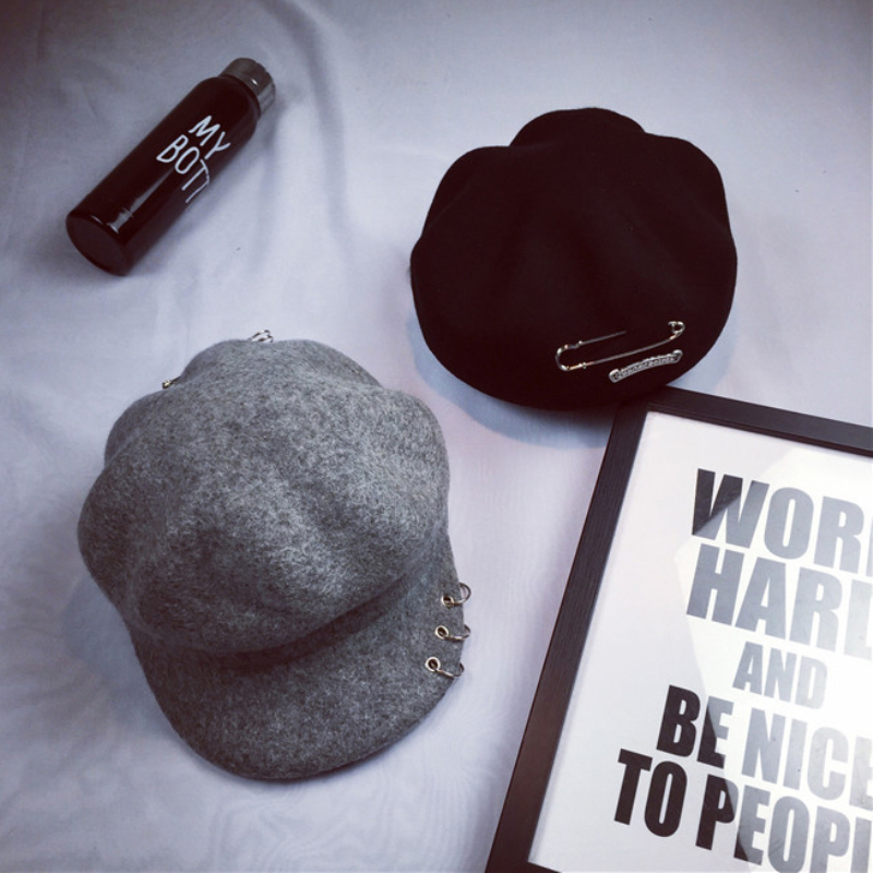DT798 High Quality Mens Newsboy Caps Retro Wool Blend Gastby Cap Unisex Solid Color Beret Cap Women Plain Winter Hats with Rings