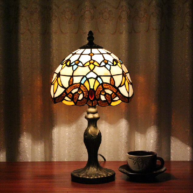 Tiffany Table Lamp Classic 20cm European Baroque Stained Glass Abajur Bedroom Decoration Lighting E27 110-240V Led table lamps(China (Mainland))
