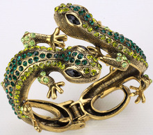 Lizard gecko bangle bracelet for women antique gold silver plated W crystal animal bling jewelry wholesale dropship A08(China (Mainland))