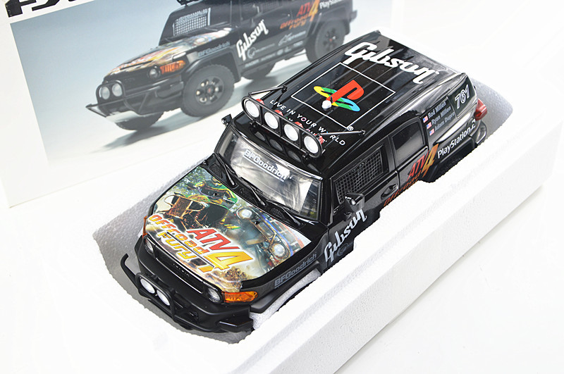 New Car Styling 1:18 High Quality Die Cast Alloy For FJ Game Graffiti SUV Car Scale Model Kid Toy Best Gift Collection(China (Mainland))