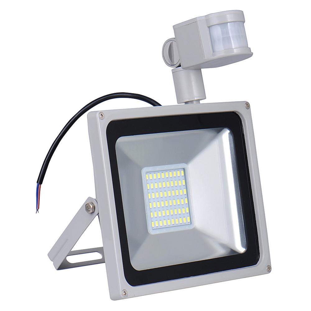 5PCS PIR LED Flood light Motion Sensor Outdoor lighting 50W Waterproof IP65 AC 110V 70LED 3000Lm Induction Sense Lamp Garden(China (Mainland))