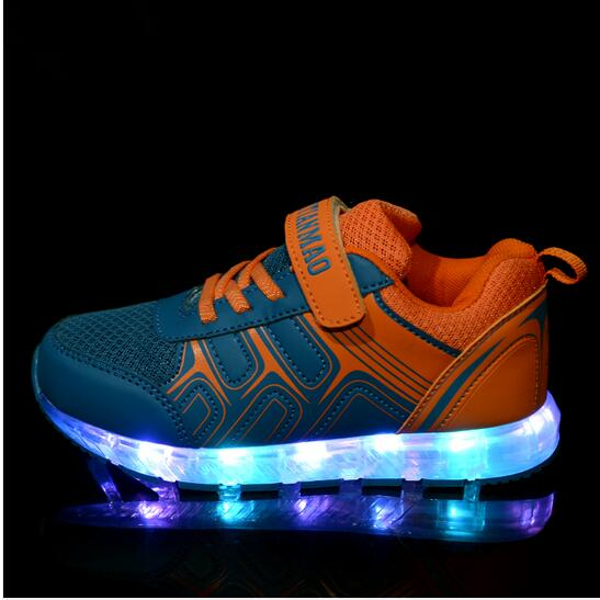 2016 Boys Girls LED children shoes with Light Up Velcro Dance Causal chaussures led kids luminous sneakers enfant <br><br>Aliexpress