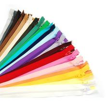 100 pcs Mix Color Nylon Coil Zippers Tailor Sewing Tools Garment Accessories 9 Inch(China (Mainland))