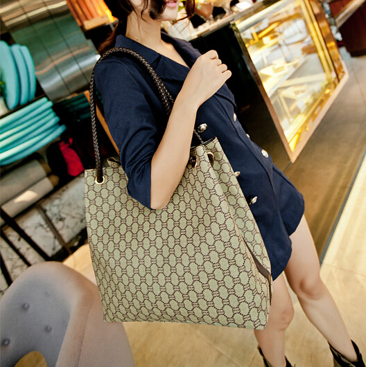vintage casual tote high quality hotsale women handbags ladies party purse clutches famous designer brand shoulder shopping bags(China (Mainland))