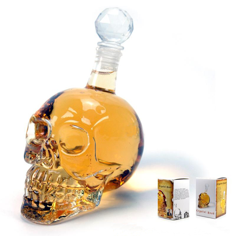 Brand New Glass Bottle Skull Head Shape Water Bottle Wine Bottle Portable and Creative Design for Office Home Display Collection(China (Mainland))