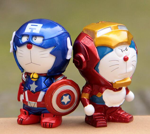 A Doraemon Doraemon cat turned Captain America iron man hand office Aberdeen car decoration doll toys(China (Mainland))