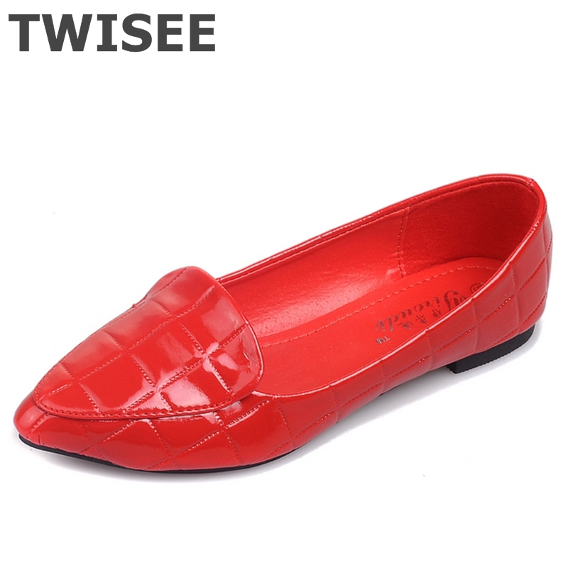 Large size pu leather Women shoes mother shoes girls Slip-On fashion casual shoes comfortable breathable women flats(China (Mainland))