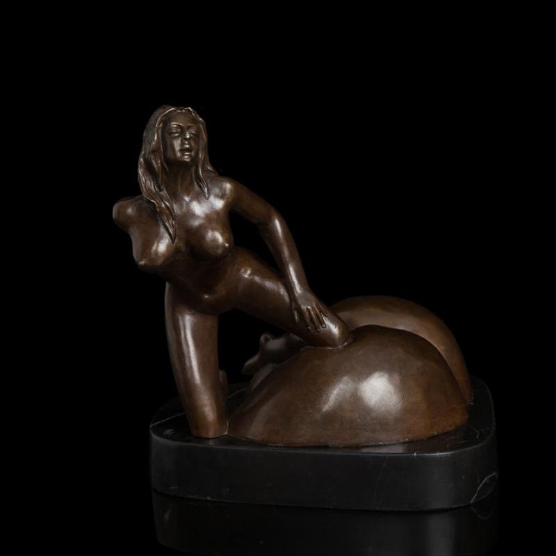 kupit-eroticheskie-skulpturi