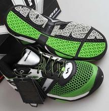 Federer Pvc medio ( b, m ) luz limitada tenis hombres 2015 nueva Varlion Butterfly Table Tennis shoes, zapatillas de deporte, deporte de bádminton(China (Mainland))