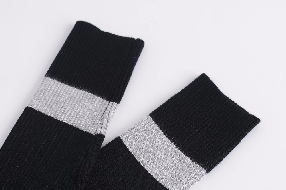 BazaleasดำสีเทาสีPatchworkลายถักพืชยอดนิยมแฟชั่นบรั่นดีเสื้อเซ็กซี่เสื้อยืดคอเต่าวินเทจสบายๆ ถูก