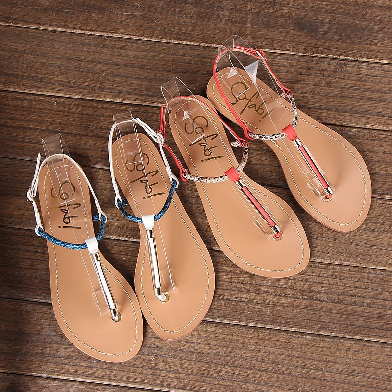 New arrival Brand Designer shoes woman Fashion T-Strap Flat Sandals Sexy Buckle Strap Casual Flats Wholesale and retail(China (Mainland))