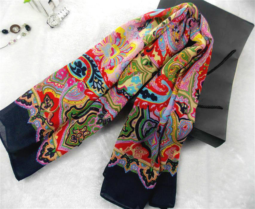 2015 Hot Sale New Winter Cotton Twill Cotton Shawl Scarf Cashew Frame Female Flowers And Plants Scarves(China (Mainland))