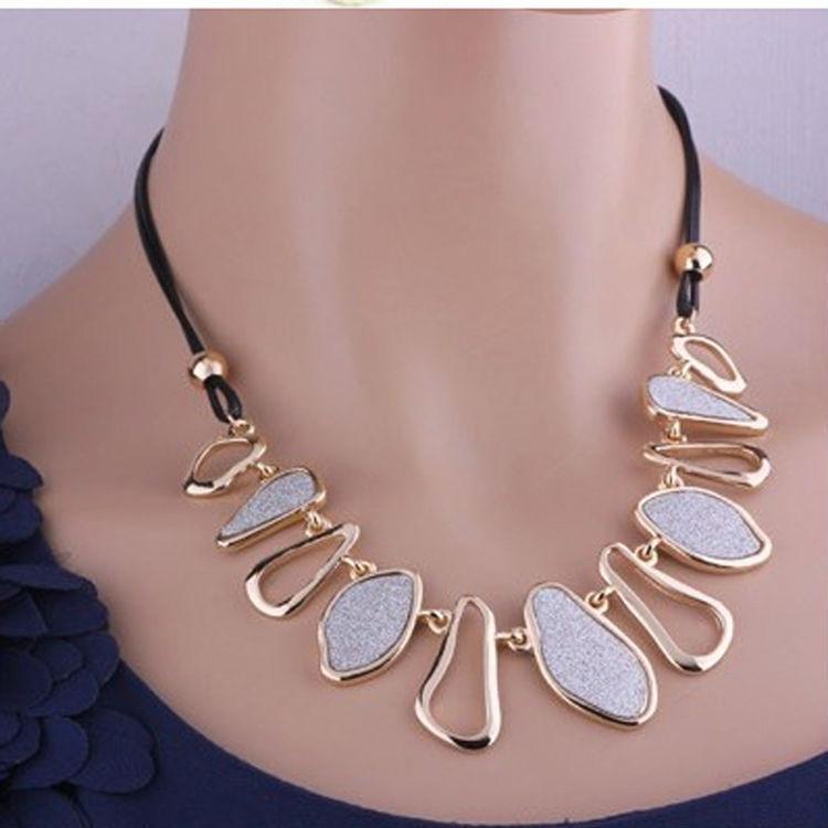 Promotion!White Black Chunky Chain Choker Bib Statement Charm Collar Pendant Necklace Jewelry(China (Mainland))
