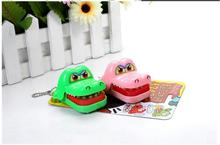Random Color New Toy Crocodile Dentist Bite With Keychain Mouth HB88(China (Mainland))