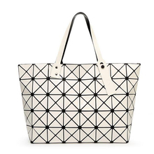 2016 New Fashion Women Pearl Bag Diamond Lattice Tote Geometry Quilted Handbag Geometric Mosaic Shoulder Bag(China (Mainland))